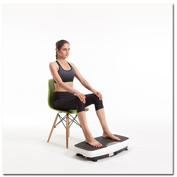 Vibrationsplatte - Übungen, Sitzende Haltung mit Stuhl